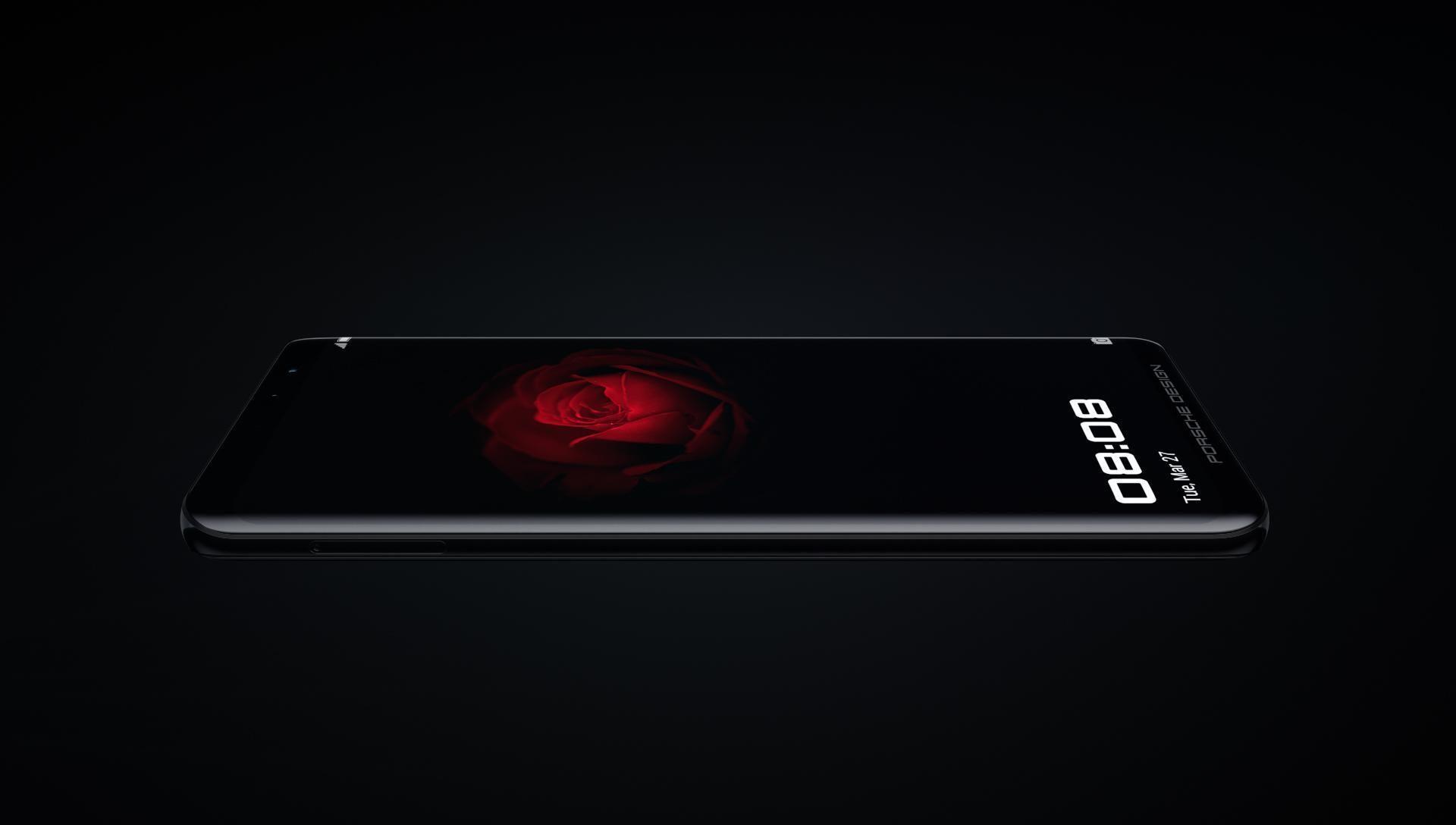 طراحی سیاه Porsche Huawei Mate RS دارای منحنی های ضخیم است