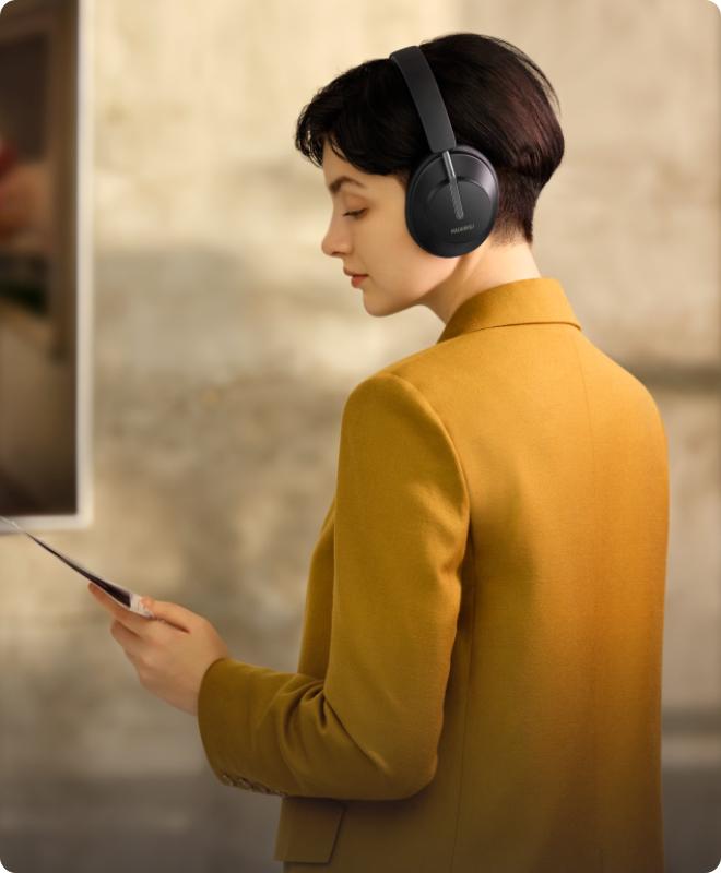 https://consumer-img.huawei.com/content/dam/huawei-cbg-site/common/mkt/pdp/audio/freebuds-studio/imgs/huawei-freebuds-studio-intelligent-dynamic-anc-3.jpg