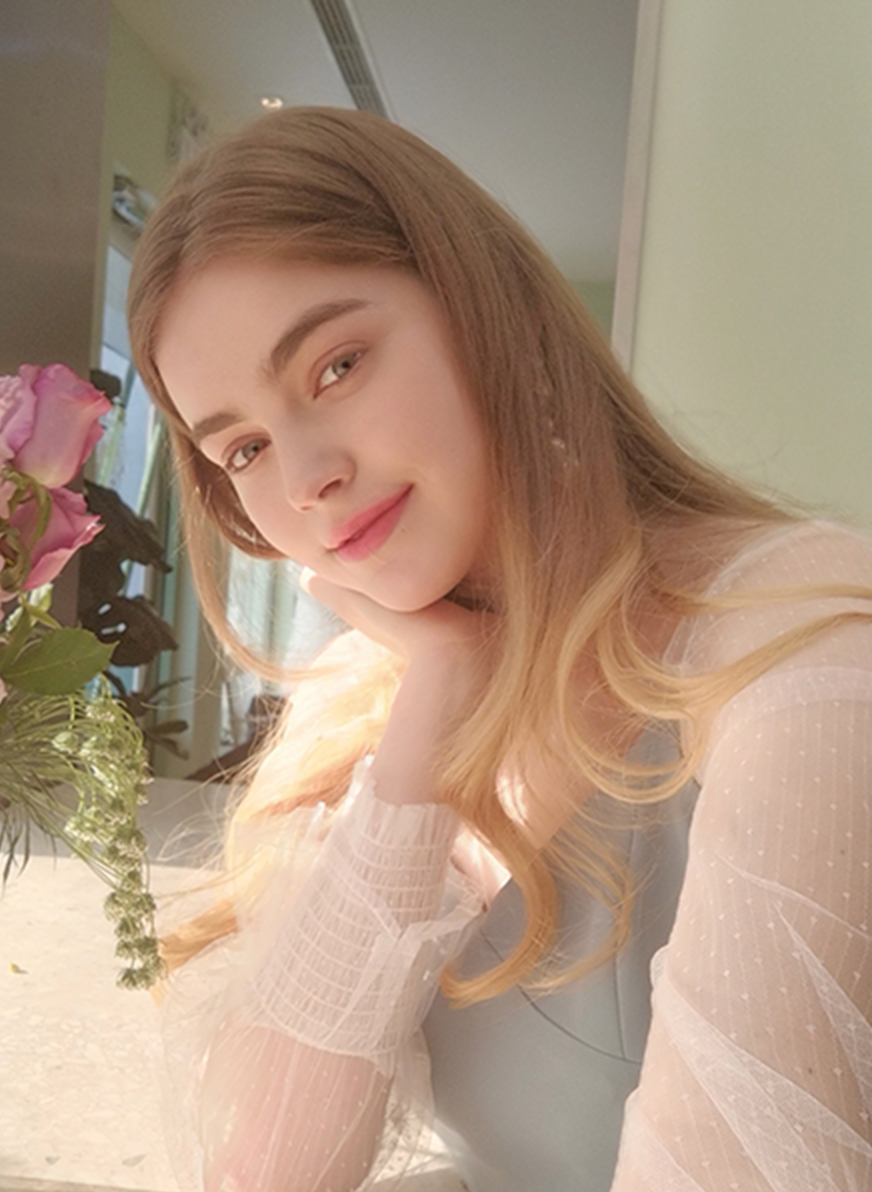 HUAWEI P40 lite front camera for AI beauty selfie
