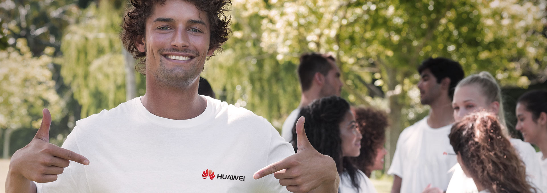 Huawei will always be with you to construct a green world! We will make it possible!